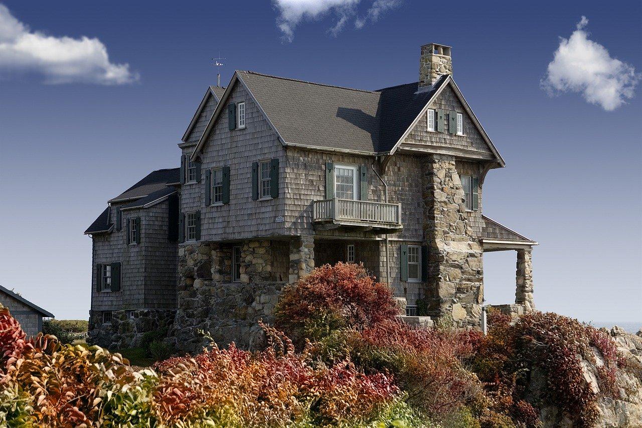 Construire une maison plutôt que l'acheter.